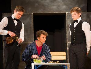 Romulus der Große Theater AG 2015