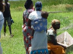 14 Fischer in den Lowlands - Mifipro Tansania 2014 659