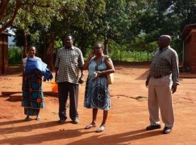7 Kule, Bauingenieur, Grace, Mr Sengasu - Tansania 2014 840